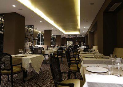 carpinteria_y_mobiliario_hotel_Palm_Camayenne