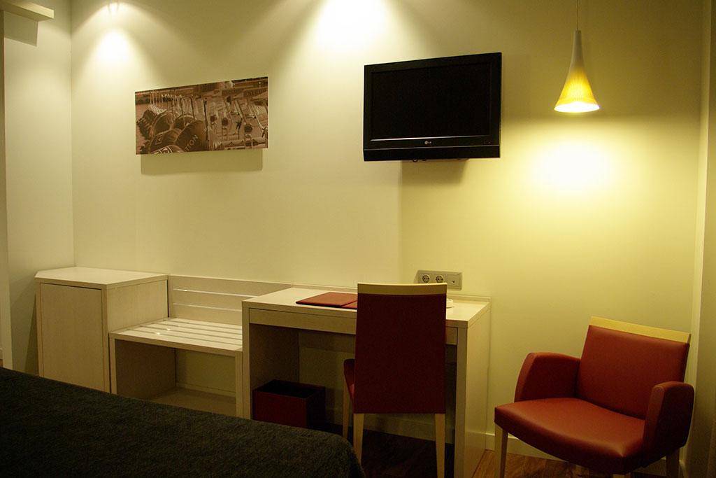 Hotel Táctica - Mobiliario comercial contract y muebles ...