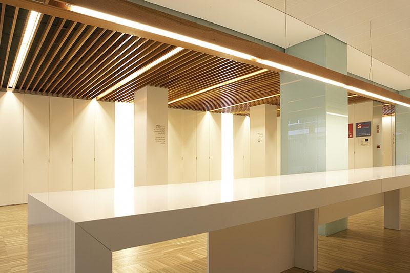 Oficinas servef mobiliario comercial contract y muebles for Oficinas servef valencia