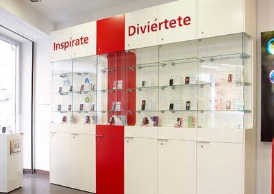 fabricacion_muebles_para_tienda_vodafone