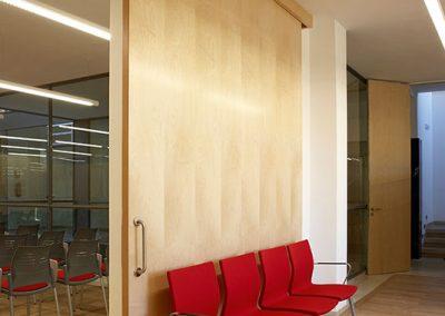 fabricacion_puertas_de_paso_mobiliario_tiendas