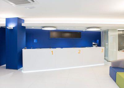 Proyecto BBVA por Pauferro. Muebles para franquicias.
