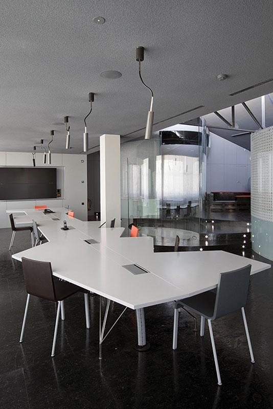 Mesa para productora mobiliario comercial contract y for Oficina servef