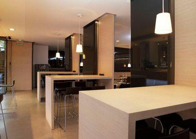 mobiliario_en_madera_contract