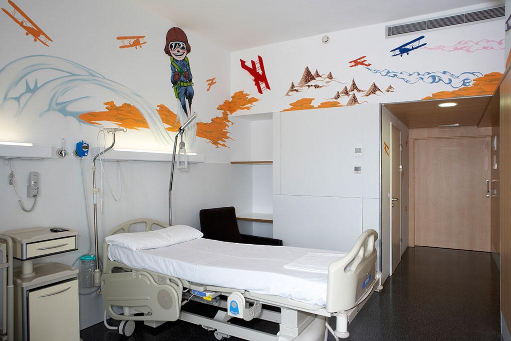 Hospital marina salud de denia mobiliario comercial for Mobiliario de habitacion