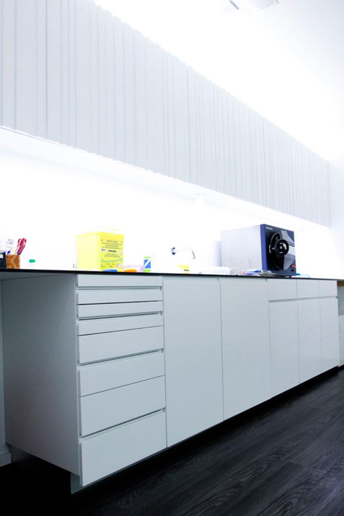 Muebles clinica dental idea creativa della casa e dell for Franquicias de muebles