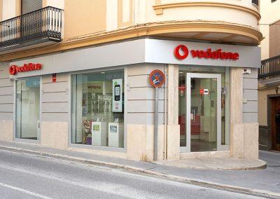 muebles_para_tiendas_de_vodafone