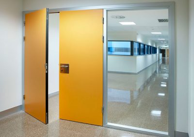 puertas_hospital_la_fe_puertas