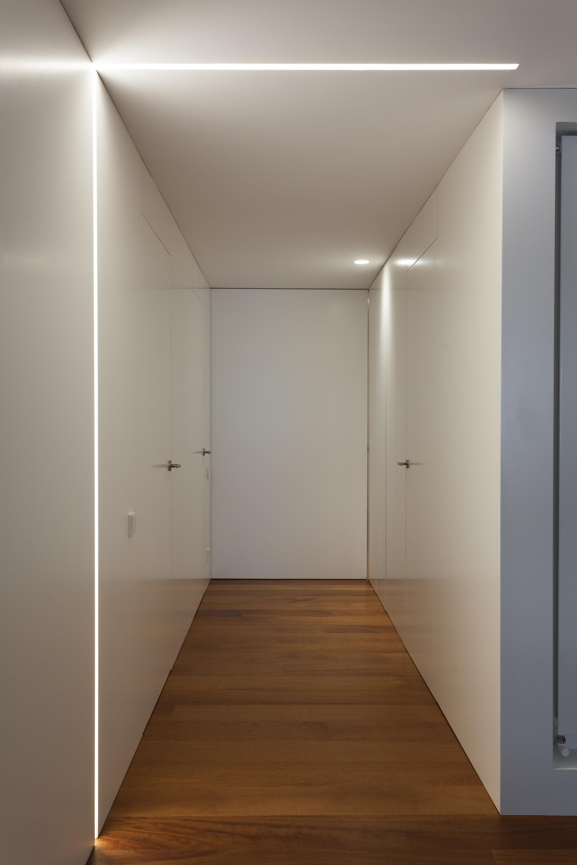 Vivienda valencia centro mobiliario comercial contract y for Oficinas servef valencia
