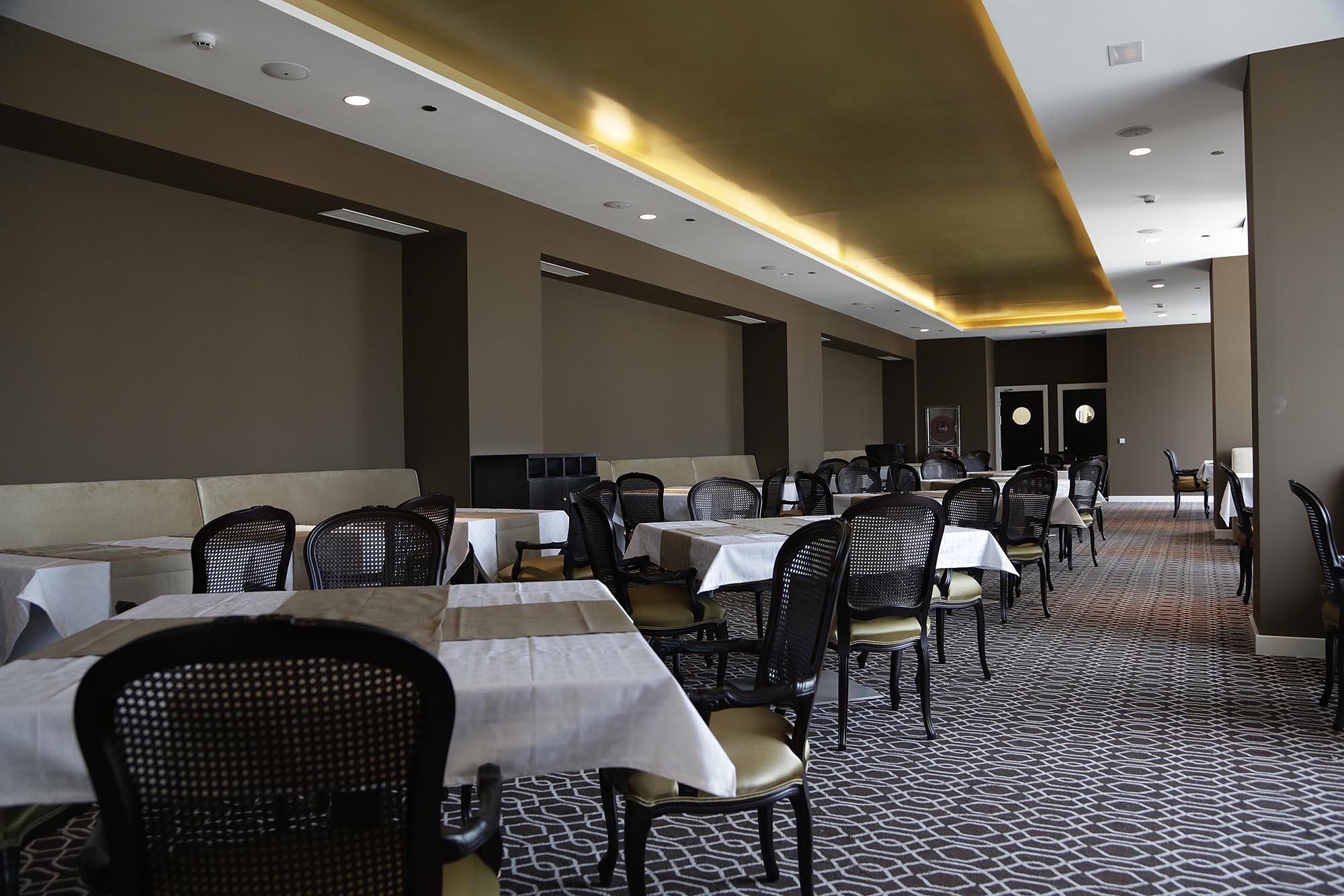 Los Restaurantes De Los Hoteles Mobiliario Comercial Contract Y  # Muebles Hoteles Venta