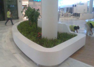 centro_comercial_el_faro_mobiliario