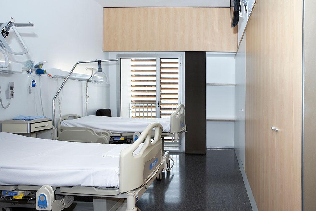 Hospital marina salud de denia mobiliario comercial for By h mobiliario