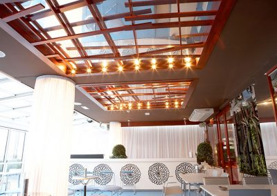 mobiliario_para_restaurantes_techos_madera