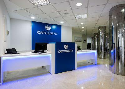 ibermutuamur-mostradores-clientes